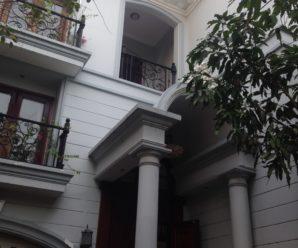 Cho thuê biệt thự đường Quốc Hương, Quận 2